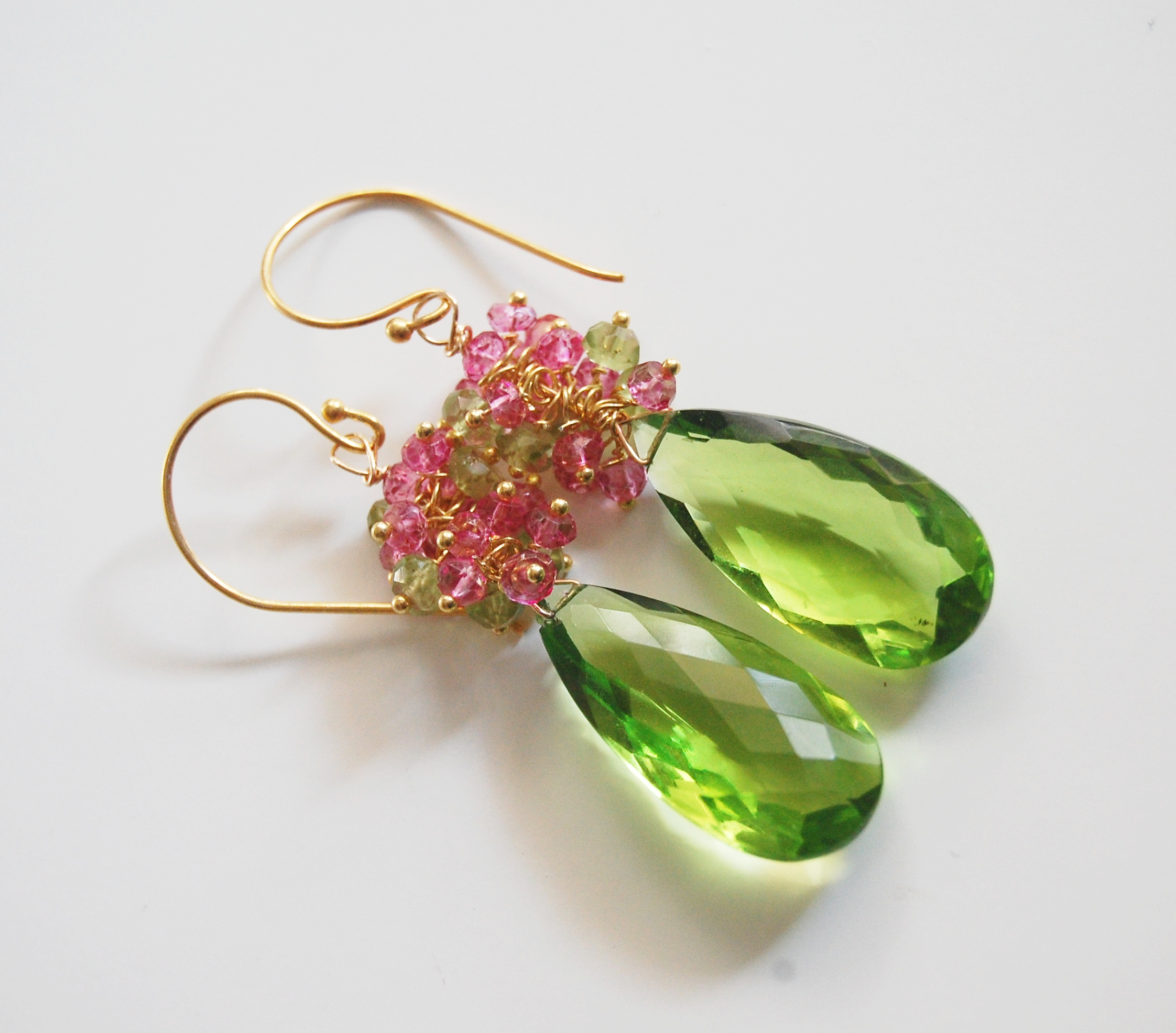 in diamonds peridot earrings yellow gold tw with